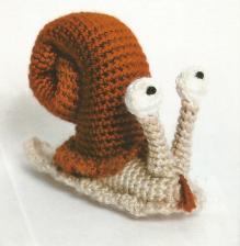 Amigurumi escargot